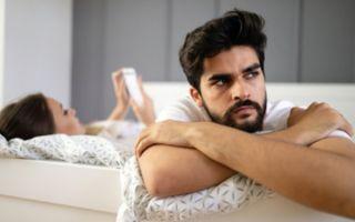 Парня раздражает девушка: причины и последствия