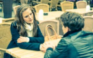 Как красиво извиниться перед обиженной девушкой
