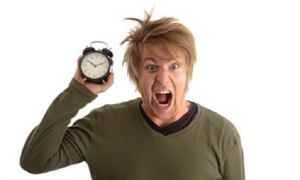 Кажется, что с возрастом время начинает идти быстрее: почему так и можно ли его замедлить
