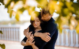 Как можно успокоить плачущую девушку словами, по переписке или смс
