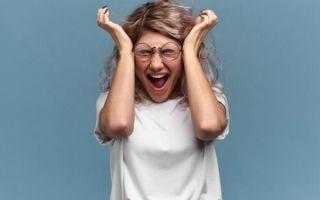 Признаки и последствия нервного срыва у женщин