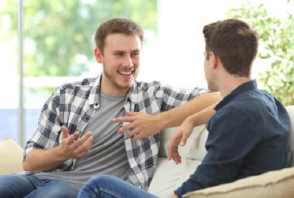 Общение двух мужчин